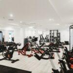 Gimnasio maquinas fitness